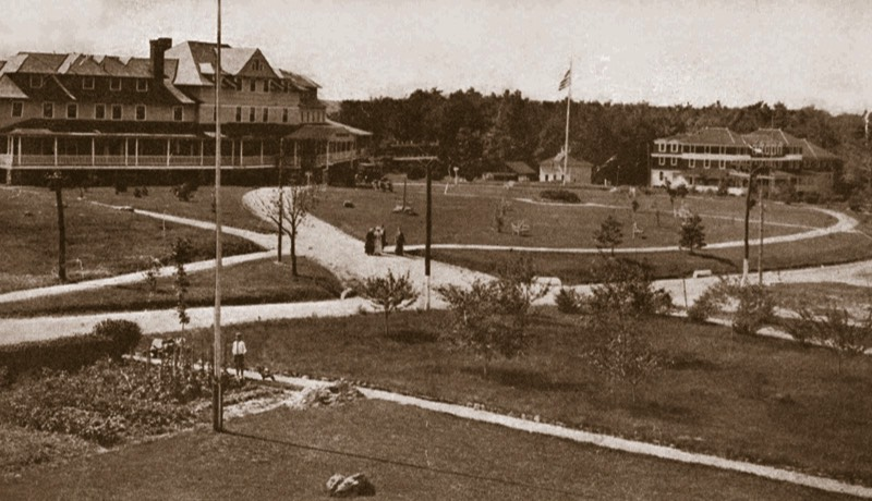 Pocono Pines Inn, left, built in 1902, served the Pocono Pines Assembly.