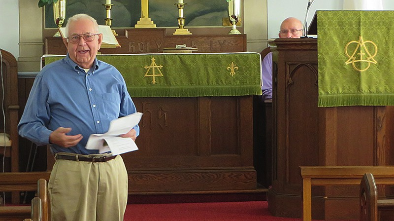 Congregation member Sonny Fischer shares historical details with the congregation. (Bob Baechtold Photo)