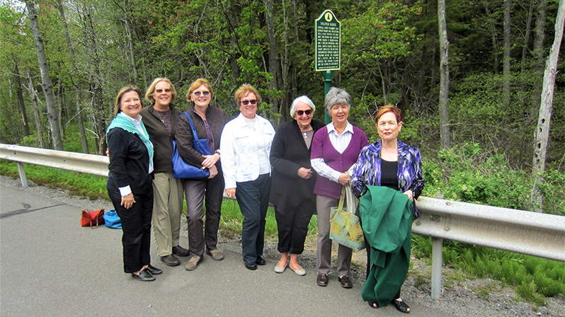 Questers attending the dedication, from left: Sue Kratzinger, Ruth Bodenschatz, Francie Zimmerman, Judy Sohayda, Carol Kehler, Carol Ray and Marianne Hajduk.